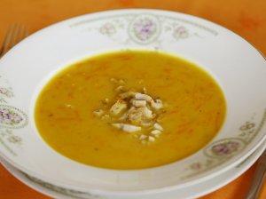 Morkų sriuba su vištiena