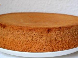 Vanilinis biskvitas tortui