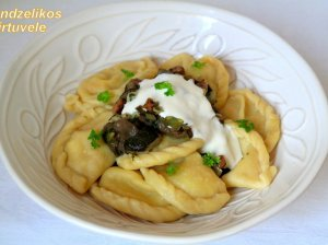 Minkšti virtinukai su bulvėmis ir sūriu