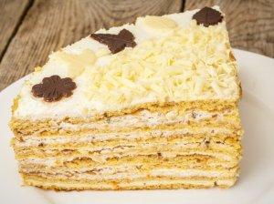 Tortas keptuvėje