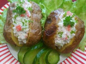 Orkaitėje keptos bulvės su pikantišku įdaru