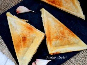 Kepti sluoksniuotos tešlos sumuštiniai