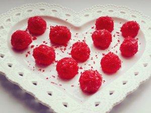Balto šokolado triufeliai Valentinui