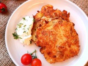 Bulviniai blynai su malta mėsa
