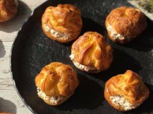 Plikyti pyragėliai su vištiena