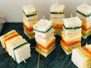 Spalvingi sumuštinių vėrinukai