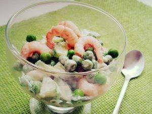 Pavasarinės salotos su krevetėmis