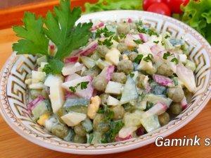 Greitos daržovių salotos su kiaušiniais (be majonezo)