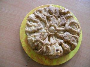 """Obuolių pyragas """"Saulutė"""""""