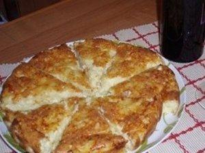 Varškės ir sūrio pyragas