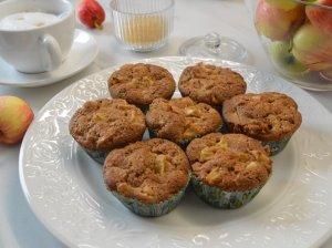 Grietininiai obuolių keksiukai