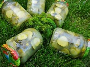 Marinuoti agurkai su garstyčiomis
