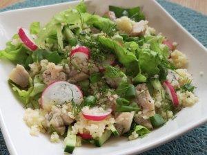 Kuskuso salotos su vištiena