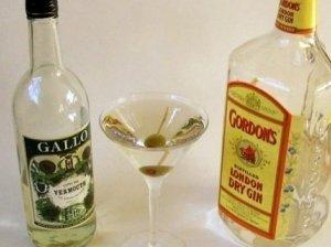 Kokteilis Sausas Martinis