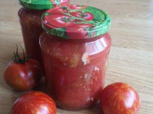 Konservuoti pomidorai savo sultyse (be pasterizavimo)