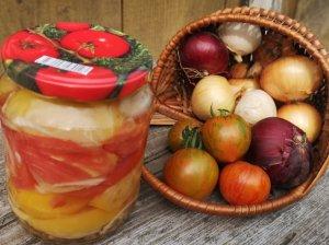 Pomidorai su želatina žiemai