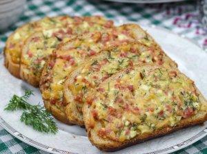 Kepti sumuštiniai su varške ir mėsyte