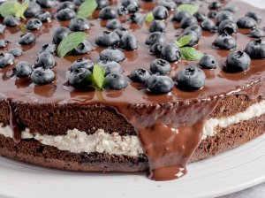 Šokoladinis moliūgų pyragas su varškės kremu