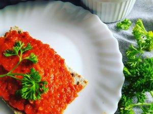 Keptų paprikų ir baklažanų padažas