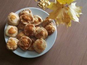 Sviestiniai sausainiai su šokaladiniu kremu