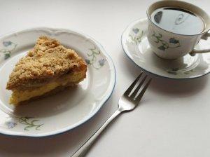 Trupininis obuolių ir varškės pyragas
