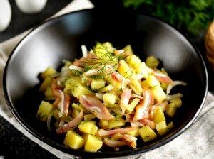Bulvių salotos su ausytėmis
