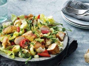Šiltos vištienos salotos