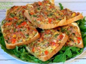 Kepti sumuštiniai su mėsyte ir daržovėmis