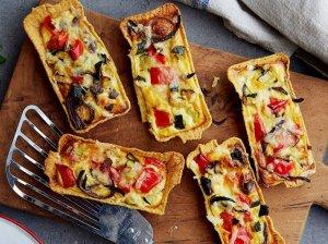 Greiti taco pyragėliai su sūriu ir daržovėmis