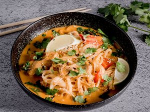 Greita tailandietiška sriuba su vištiena
