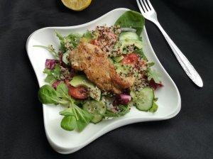 Gaivios vištienos salotos su daržovėmis ir bolivinėmis balandomis
