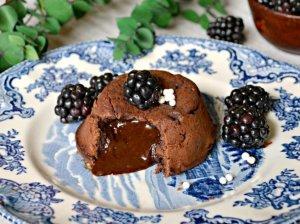 Šokoladiniai Lavos pyragėliai
