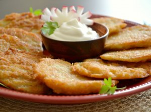 Bulviniai blynai su fermentiniu sūriu