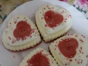 "Žele desertas ""Valentino dienos širdelės"""