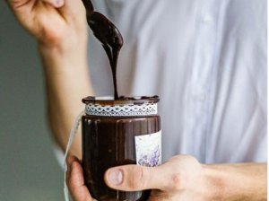 Naminis šokoladinis riešutų kremas be cukraus