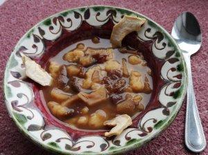 Saldi džiovintų vaisių sriuba su leistinukais