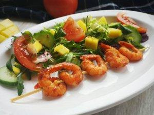 Gaivios mango salotos su krevečių iešmeliais