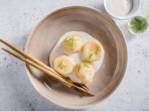 Bulviniai virtinukai su varškės kremo padažu