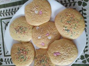 Biskvitiniai sausainiai su pabarstukais