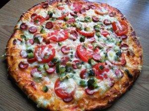 Naminė pica pagal Loretą