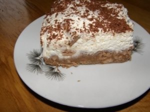 Nekeptas varškės tortas su Snickers šokoladukais