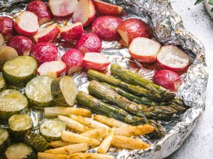 Grilyje keptos dūmo skonio daržovės