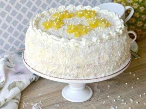 Ananasinis tortas su sviestiniu kremu