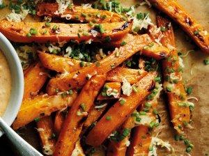 Saldžių bulvių lazdelės