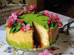 Tortas ''Karamelinė kriaušė''