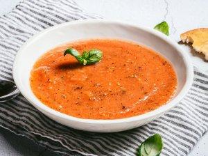 Šalta keptų daržovių sriuba