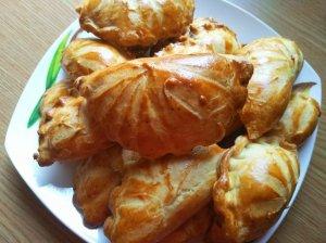Trapios tešlos pyragėliai su vištiena