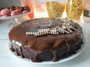 Drėgnas šokoladinis cukinijų pyragas