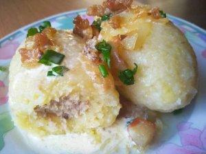Virtų bulvių cepelinai su manais ir vištiena