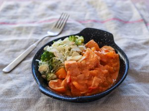 Troškina lašiša pomidorų padaže